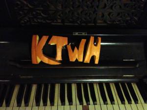 KTWH Pumpkin Cutout