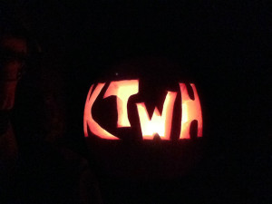 KTHW Pumpkin Light